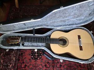 Stephen Hill 2A Handmade Luthier Classical Guitar