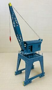 Plastic Crane Model - May Suit OO Railway Diorama / Layout
