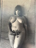 Paul Mazzara 1970s-1980s NUDE Female STUDY 8X10 Original PHOTOGRAPH Flowers