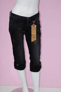 pantacourt jeans femme TOMMY HILFIGER modele nola pant  taille W 26 T 34-36