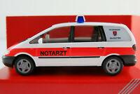 """Herpa 043168 VW Sharan I (1995) """"Feuerwehr Salzgitter/NOTARZT"""" 1:87/H0 NEU/OVP"""