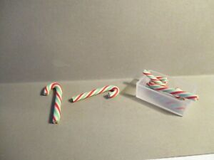 5 DOLLS MINIATURE POLYMER CLAY CANDY CANES ROCK AND CONTAINER ee