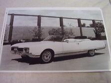 1967 OLDSMOBILE 98 CONVERTIBLE   11 X 17  PHOTO /  PICTURE