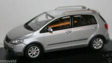 Voitures, camions et fourgons miniatures MINICHAMPS Golf VW