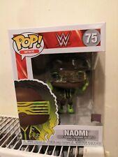 Funko Pop Wwe Naomi 75 no Chase pero un brazo brilla en la oscuridad (Únicos)