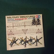 Military Minitures Barricade Set  NIB Unsealed Plastic Model Kit Miniatures