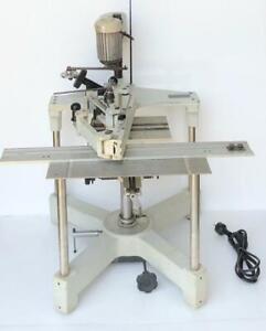 Gravograph TXL Pantographe Industriel Graveur / Gravure Machine 230V