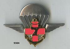 Insigne , 7 Antenne Médicale Parachutiste / 7  RPCS.  , ( matriculé )