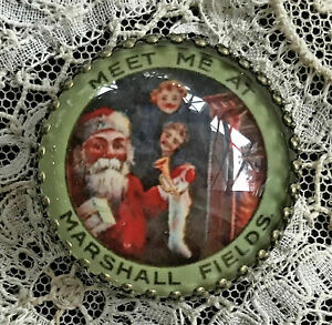 MARSHALL FIELDS Glass Dome BUTTON Vintage Christmas Santa Pinback Advertising