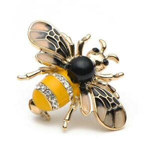 Bumble Bee brooch in vintage style with very realistic details to make you buzz
