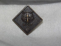 VINTAGE BSA BOY SCOUTS OF AMERICA  WOLF   PIN