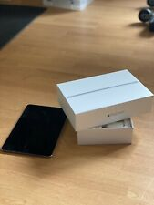 iPad mini 4 128GB - Excellent Condition