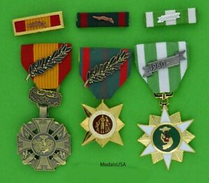 Medals Vietnam Gallantry Cross, Vietnam Civil Action, Vietnam Campaign - Ribbons