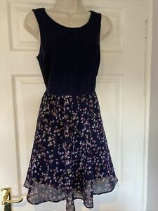New Look Floaty Floral And Lace Tea Dress Size 12