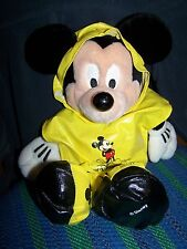 PAL MICKEY RETIRED INTERACTIVE TOUR GUIDE PLUSH WALT DISNEY WORLD RAIN COAT