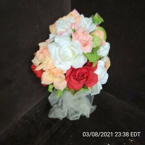 Artificial Pretty Roses Flowets Bouquet Red White Light Pink