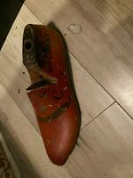 Antique Primitive Wooden Shoe Forms Stenciled Diplomat Size 8C