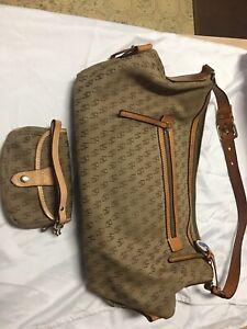 Dooney &Bourke Fabric&Leather DB Signather Logo HoboShoulder Bag Brown /Wristlet