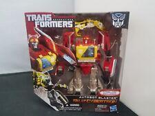 Transformers Generations Fall of Cybertron Autobot Blaster 01 Series #004 NISB
