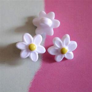 15 Little Flower Plastic Baby Girl Dress Craft Sewing Buttons 11.5mm18L K239