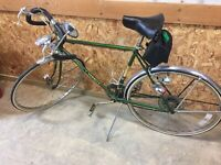 Vintage 1967 Schwinn Varsity With Original Manual & Accessories, Excellent Bike