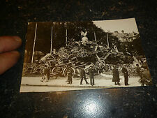 Canon pris a l ennemi exposés a Paris (?) Guerre de 14 18 WK1