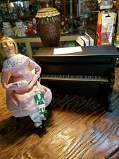 Byers Choice Caroler Nutcracker Louise with Piano 1st Edition (1995) *New*