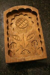 Ältere Butterform Buttermodel aus Holz Motiv: Blume 11,5 x 18,5 x 3