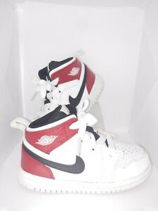 Nike air jordan Sneakers toddler Size 8 Great Condition! White Red Black