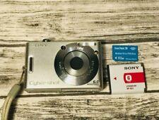 SONY CYBER-SHOT DSC-W30 DIGITAL STILL CAMERA 6.0MP W/ACCESSORIES TESTED // WORKS