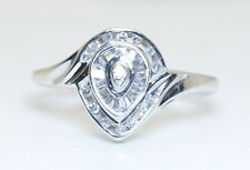 BEAUTIFUL Women's 10K White Gold .15 Ct Baguette & Round Diamond Ring Size 7.25