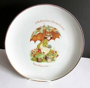"1976 HOLLY HOBBIE PLATE Happy Mother's Day Gold Trim Porcelain 10.5"" FREE SH"