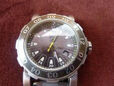 montre mercedes benz,quartz,date, trotteuse