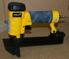 Fix8 21 Gauge Air Floor Stapler S9725, Staples 10 - 25mm, 4.6mm Pneumatic Tool