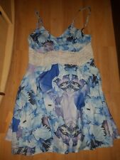 cute bkue amd white floral summer dress size 8