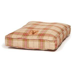 Danish Designs Newton Moss Box Duvet Dog Bed