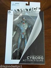 DC JUSTICE LEAGUE CYBORG ACTION FIGURE. THE NEW 52. NIB. DC COLLECTIBLES