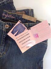 NEW FRX Blue Jeans Size 8 / 29 Trim Shape Butt Lift Stretch Denim Boot Cut Pants