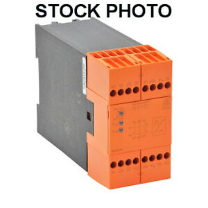 DOLD BH5932-22-113-120 SAFETY RELAY SPEED MONITORING (2) PNP SENSOR INPUTS 110V