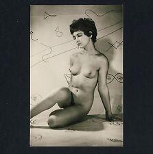 NUDE GIRL FIFTIES WALLPAPER / NACKTES MÄDCHEN VOR TAPETE AKT * Vintage 50s Photo