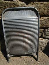 Altes Metall Waschbrett Wash Board  Zinkblech vintage Garten Deko gewölbt