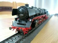 HO Marklin 39050 Digital DB BR Class 05 4-8-2 Loco & Tender, Sound Lights Smoke