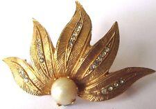 Ancienne broche bijou vintage 1960 couleur or cristal perle fine blanche * 472