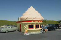 BACHMANN 35211 HO SCALE ICE CREAM SHOP BUILT PAINTED RESIN BUILDING FREE SHIP