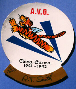 """WWII 1941-42 AVG China Burma Flying Tiger RT Robert Tharp Smith Signed 4"""" Patch"""