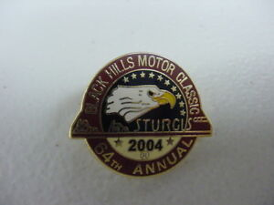 BLACK HILLS MOTORCYCLE CLASSIC*64TH ANNUAL STURGIS RALLY*2004*PIN*BRAND NEW