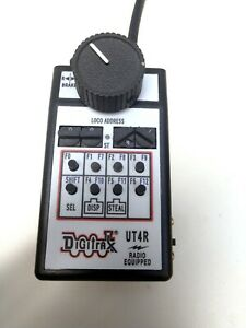 Digitrax UT4R DCC Throttle USED TESTED, OPERATES, SEE NOTE