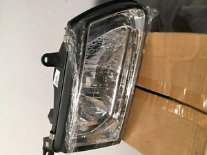 Isuzu Rodeo/Honda Passport Right Headlight 2000-02