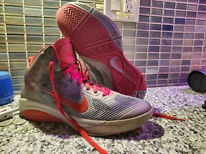 NIKE HYPERFUSE LOW 2010  SIZE 10.5 US Gray/Black/RED