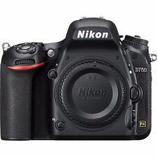 Nikon D750 SLR-Digitalkamera Gehäuse (NEUWERTIG - ca. 1240 Auslösungen)
